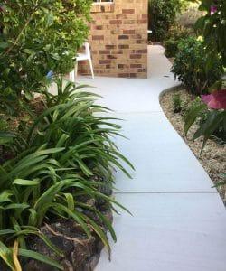 curved concrete path